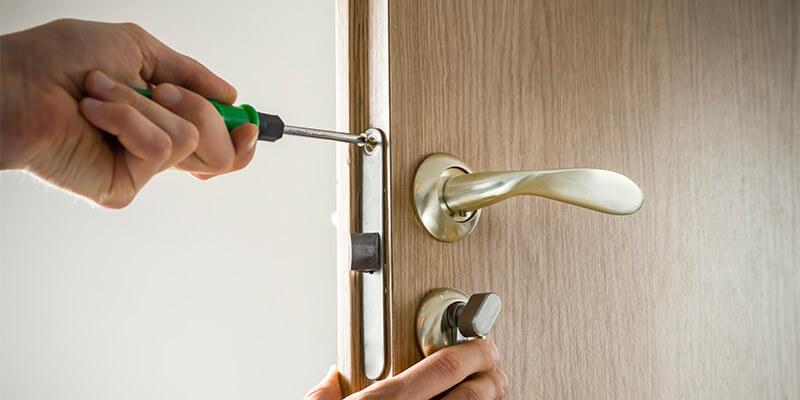 24 Hour Emergency Locksmith – Emergencies Don't Have To Set You Back - Sam The Lock Guy Locksmith Cambridge MA